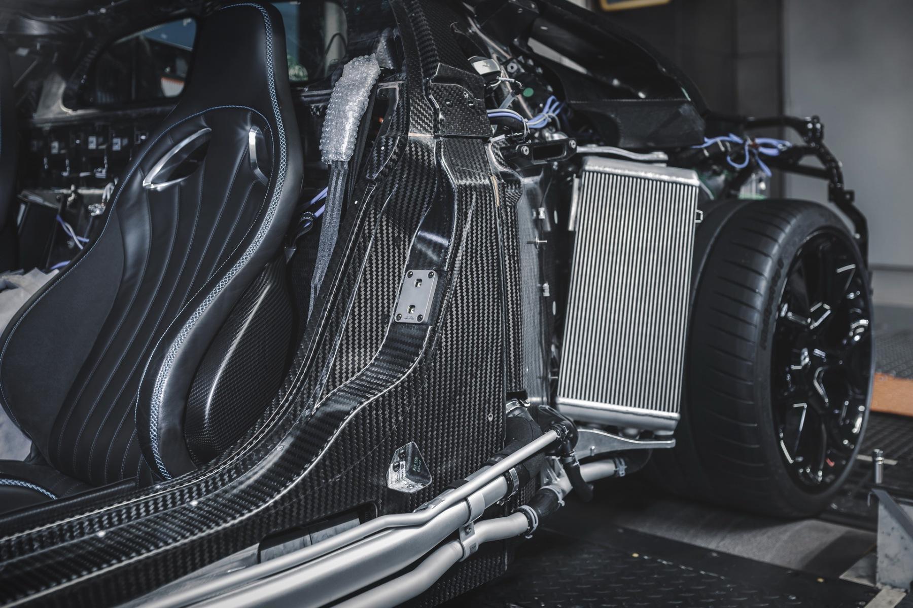 Bugatti Centodieci prototipo anticipa produzione