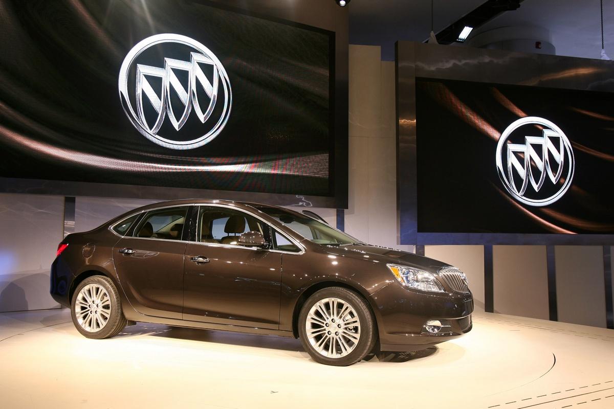Buick Verano - NAIAS Detroit 2011