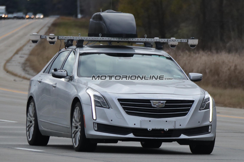 Cadillac CT6 guida autonoma