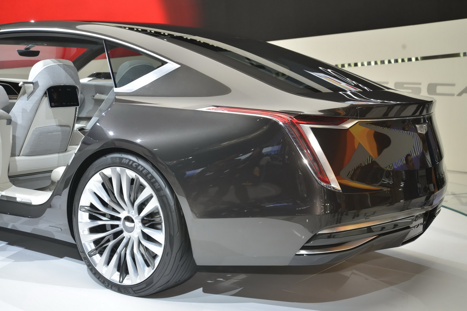 Cadillac Escala Concept - Salone di Los Angeles 2016