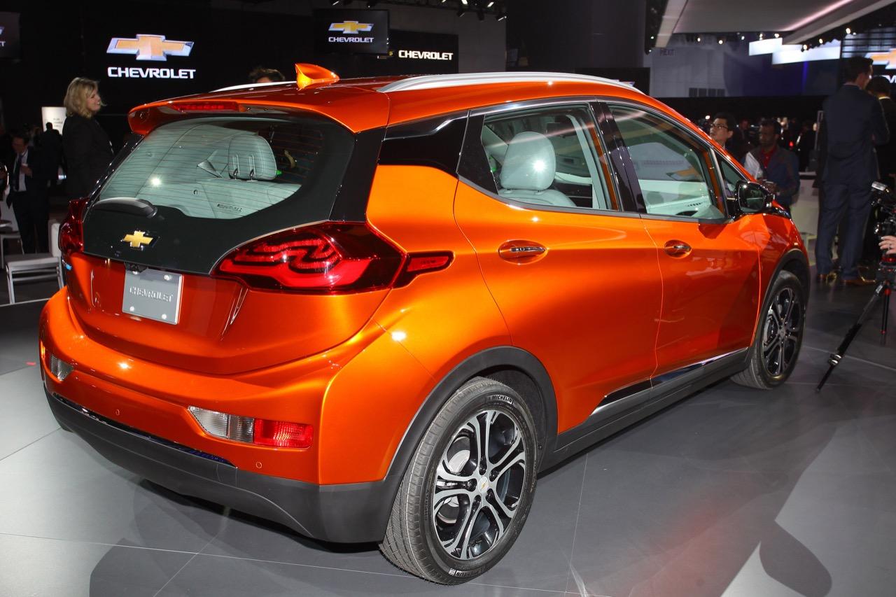 Chevrolet Bolt EV - Salone di Detroit 2016
