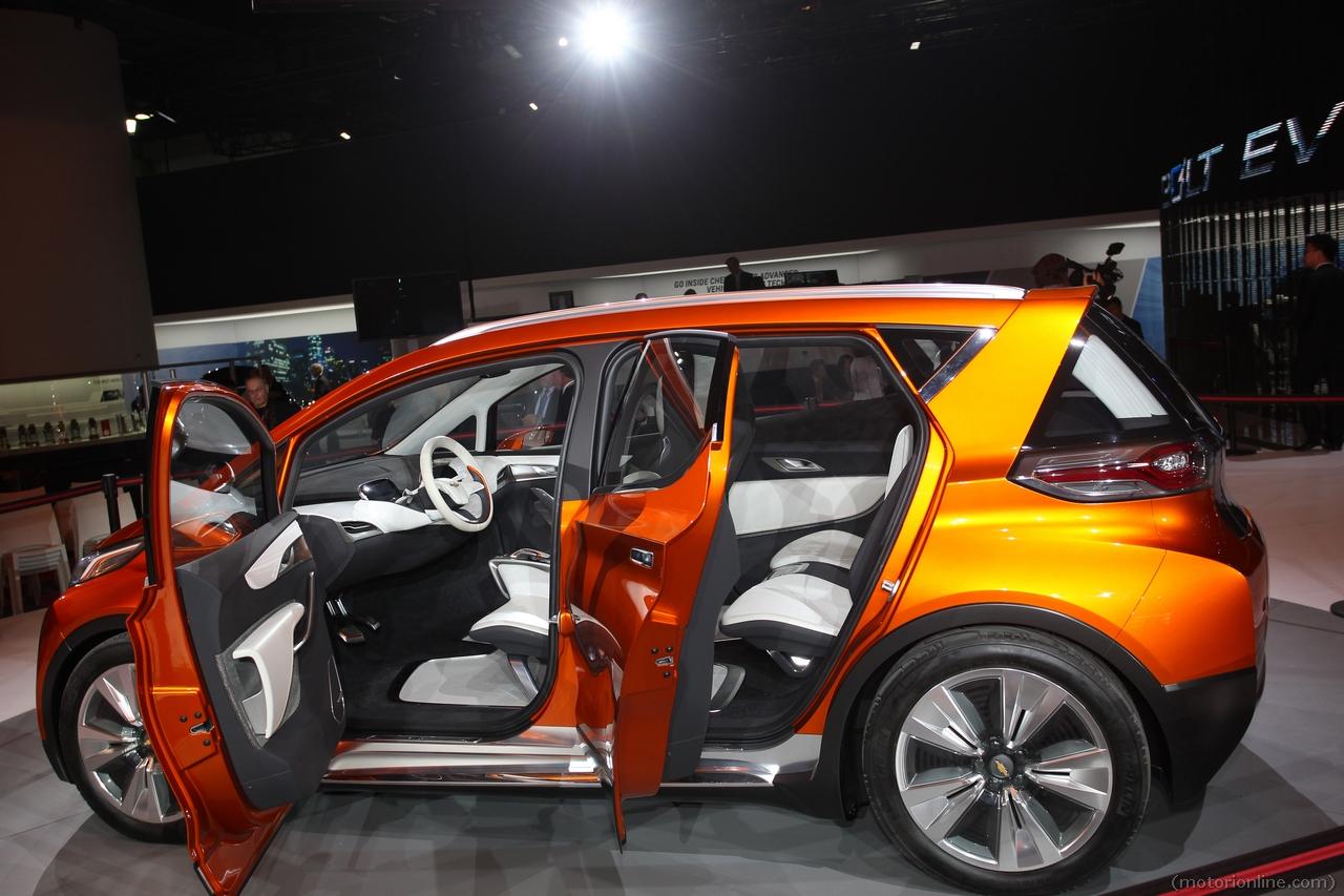 Chevrolet Bolt - Salone di Detroit 2015