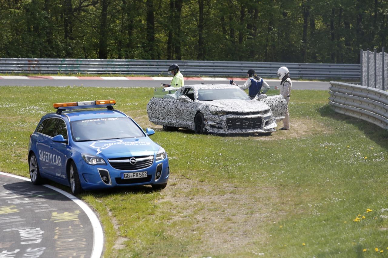 Chevrolet Camaro Z28 - Incidente al Nurburgring (foto spia maggio 2016)