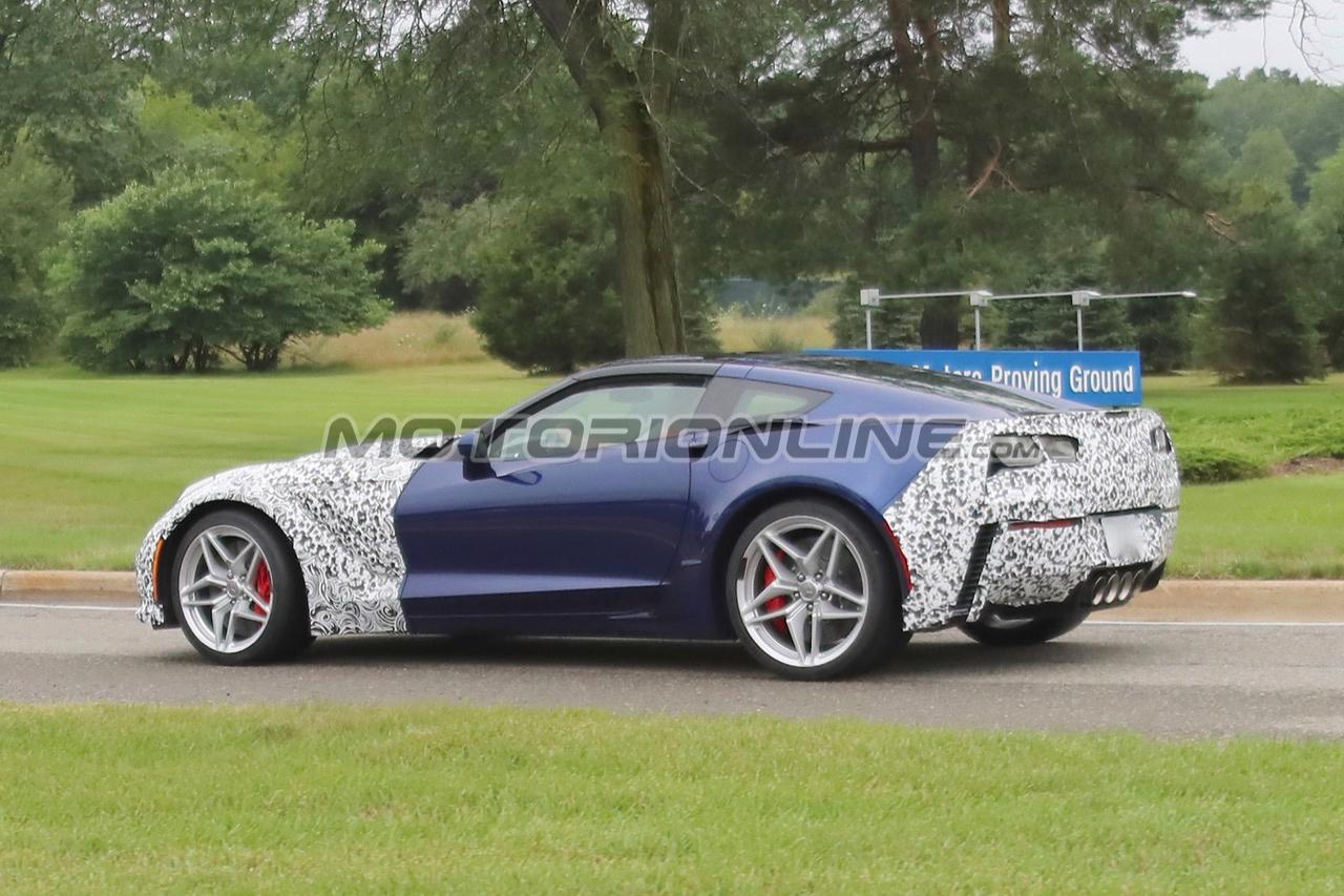 Chevrolet Corvette ZR1 2018 - Foto spia 12-08-2017