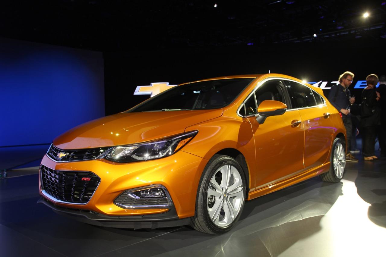 Chevrolet Cruze Hatchback - Salone di Detroit 2016