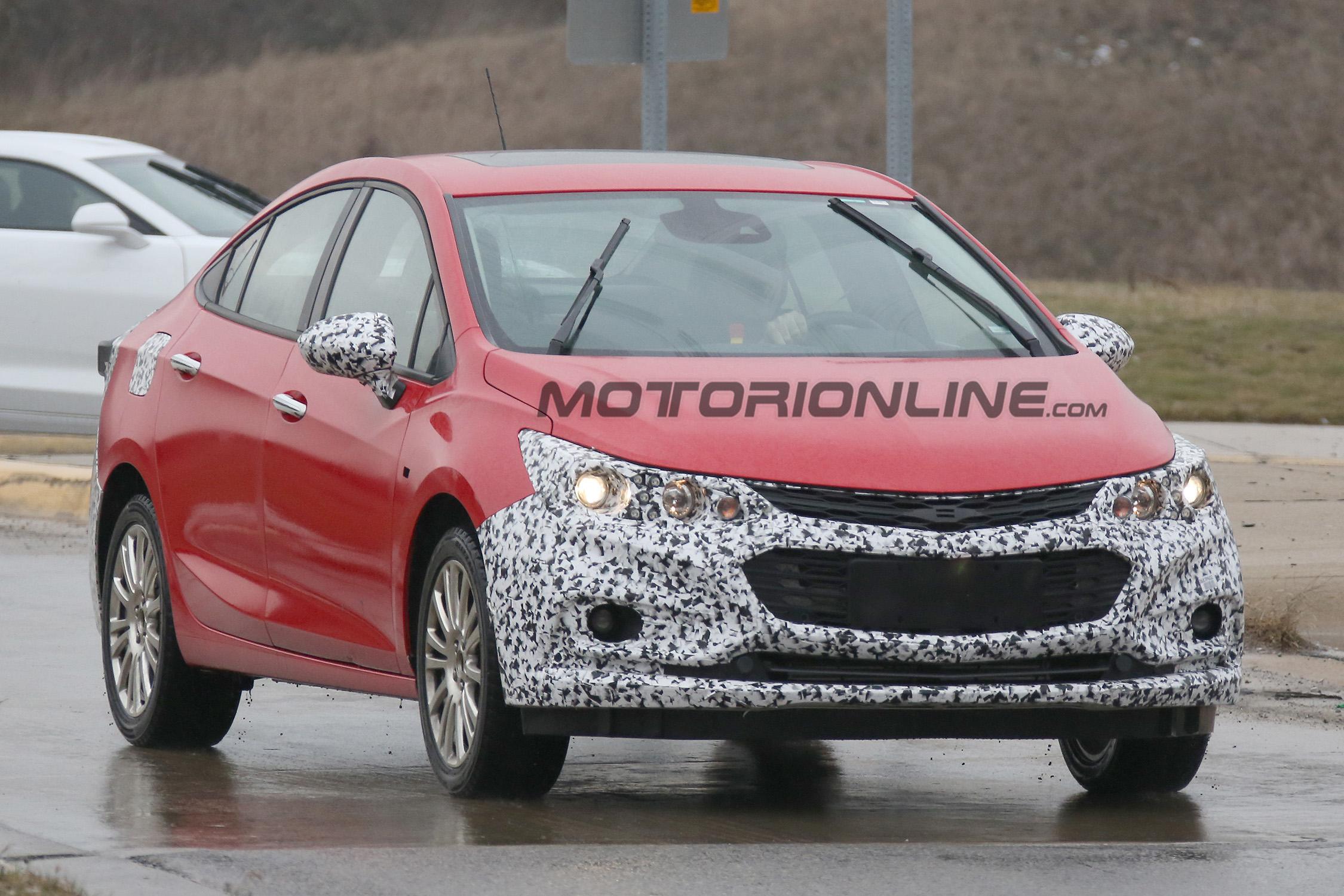 Chevrolet Cruze Hybrid - Foto spia 25-01-2016
