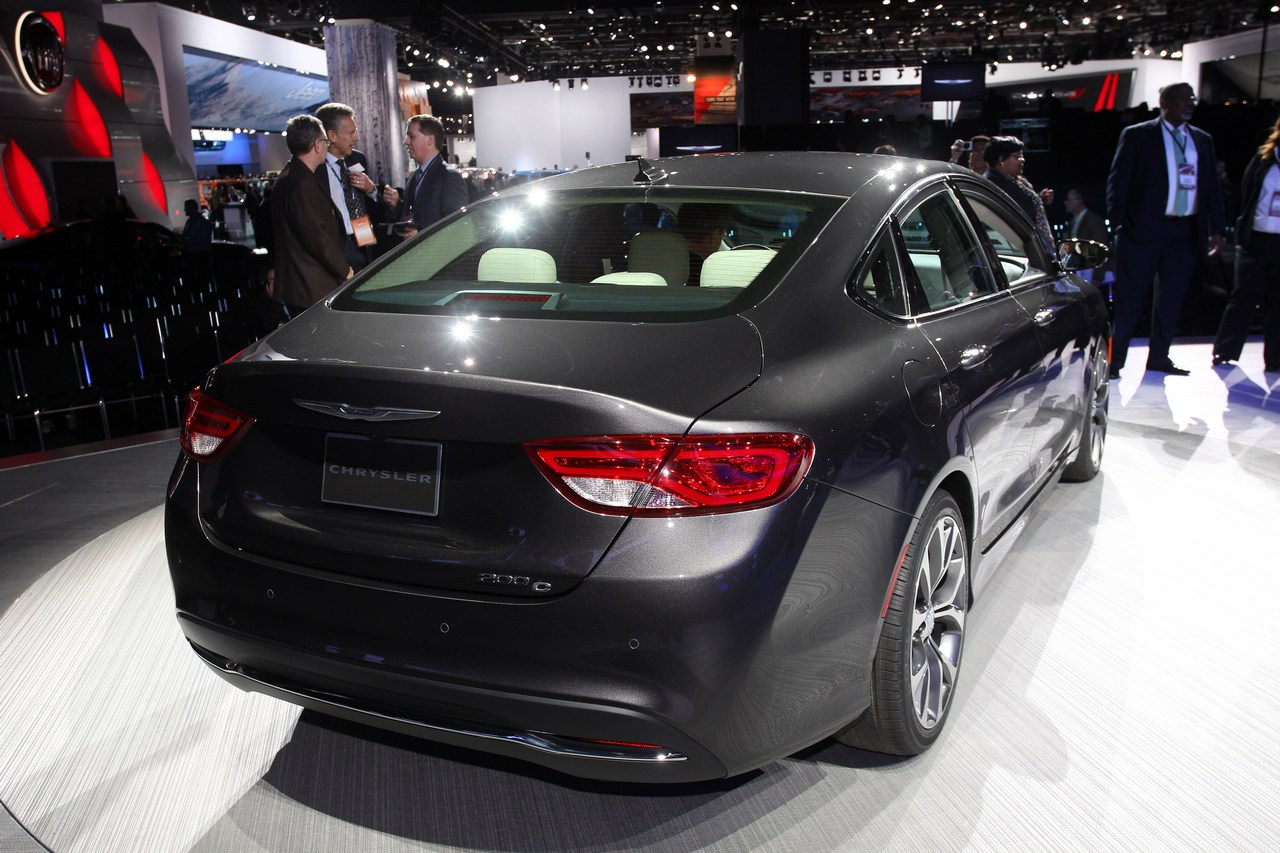 Chrysler 200 - Salone di Detroit 2014
