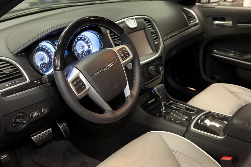 Chrysler 300 Luxury Concept by Mopar