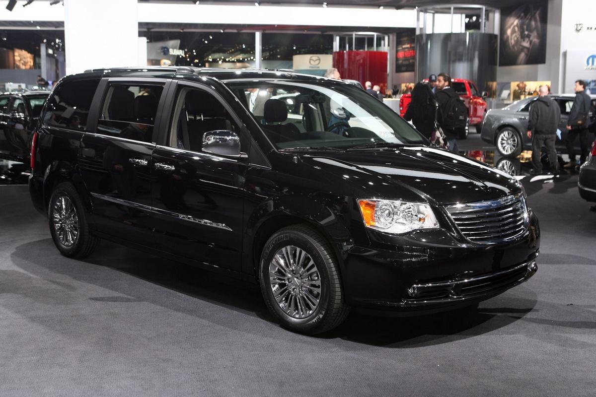 Chrysler Town & Country - Detroit 2011