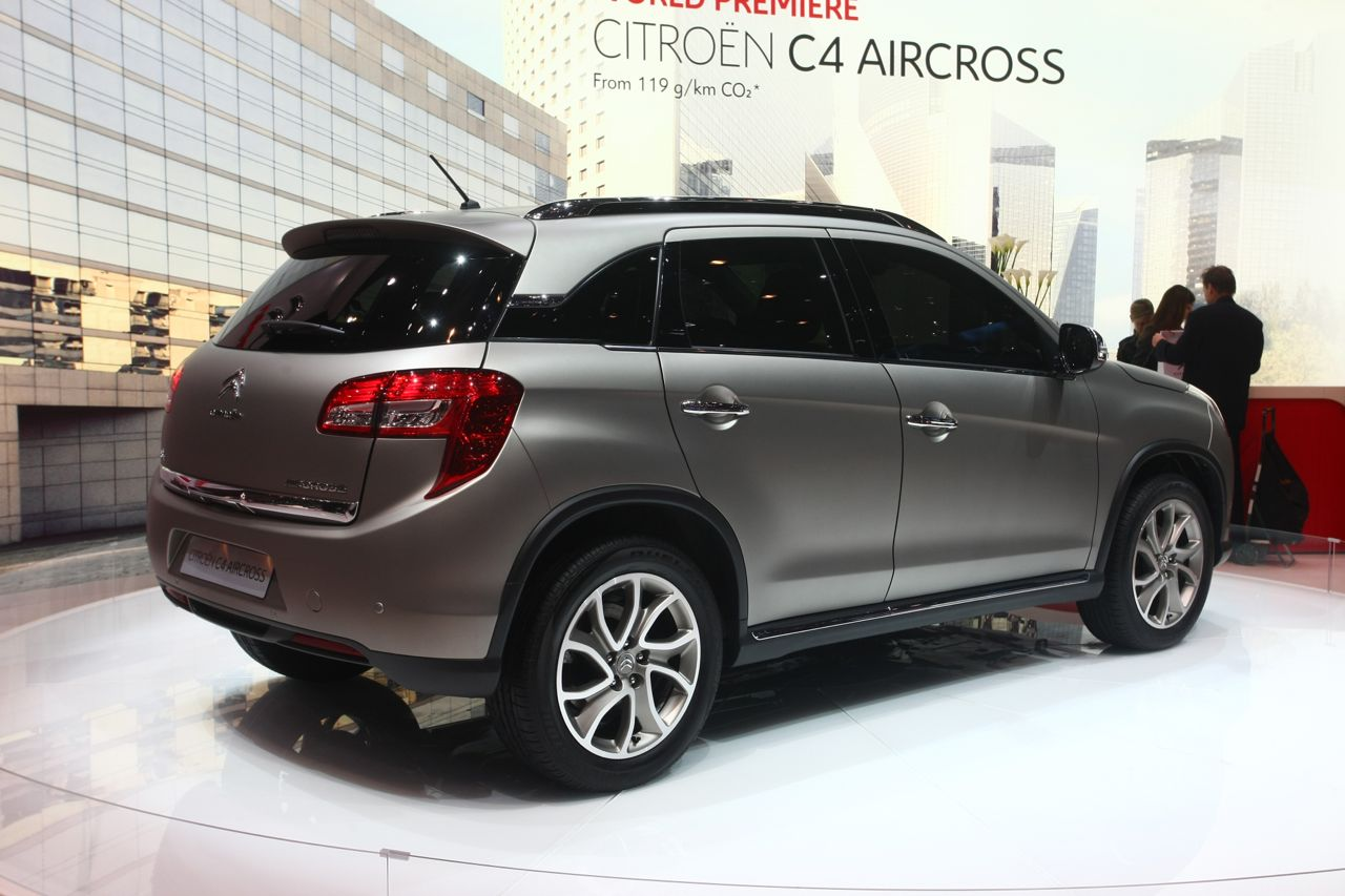 citroen c4 aircross salone di ginevra 2012 6 10. Black Bedroom Furniture Sets. Home Design Ideas