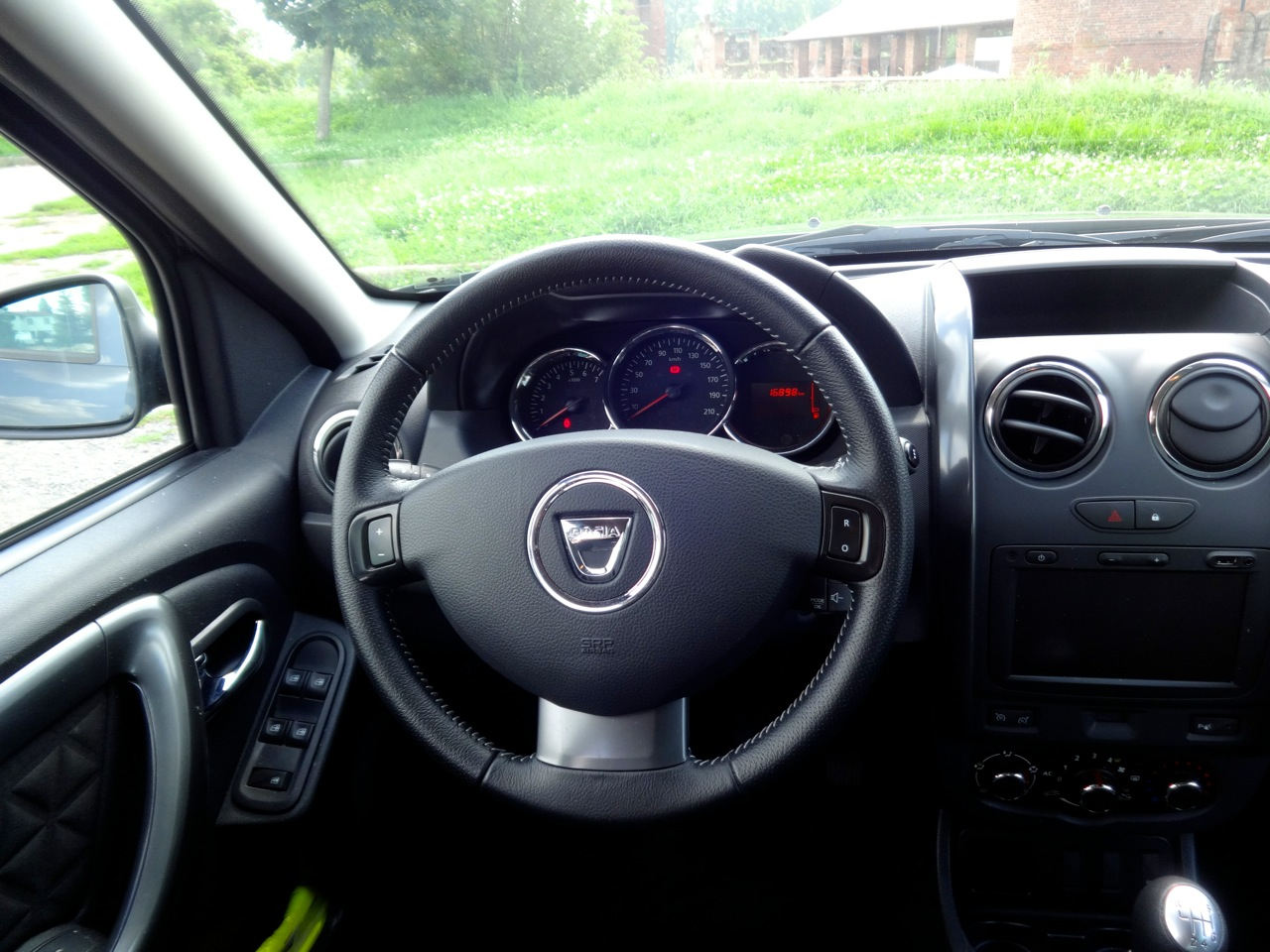 Dacia duster my 2014 prova su strada foto 20 di 39 for Prova su strada dacia duster 4x4