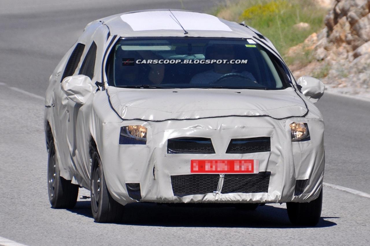 Dacia Logan 2013 - Foto spia 23-06-2012