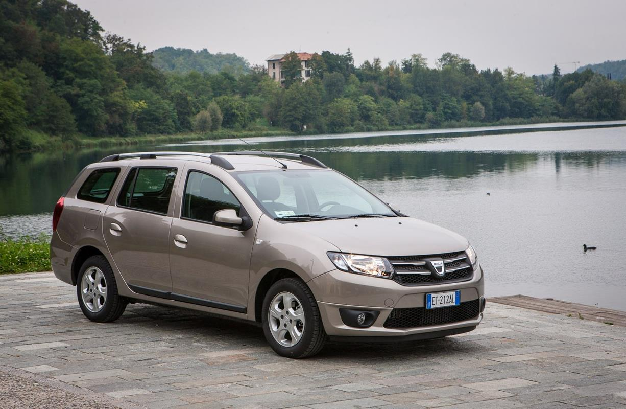 Dacia logan mcv 2013 foto ufficiali 42 119 for Dacia immagini