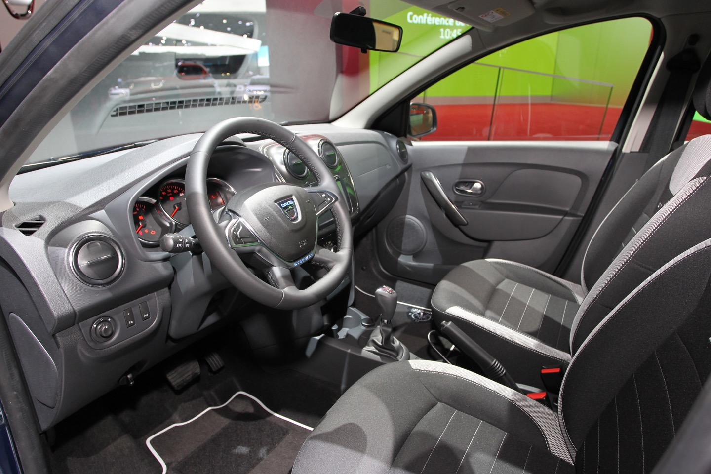 Dacia Sandero Stepway FL - Salone di Parigi 2016