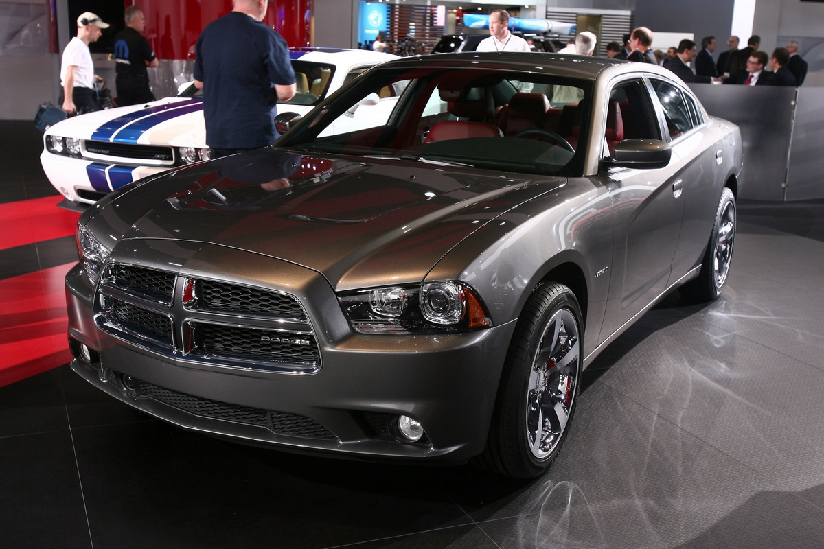 http://www.motorionline.com/wp-content/gallery/dodge-charger-awd-detroit-2011/dodge-charger-awd-detroit-2011-9.jpg