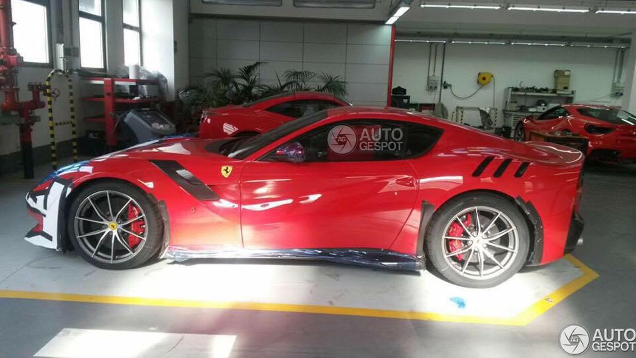 Ferrari F12tdf - nuove foto spia