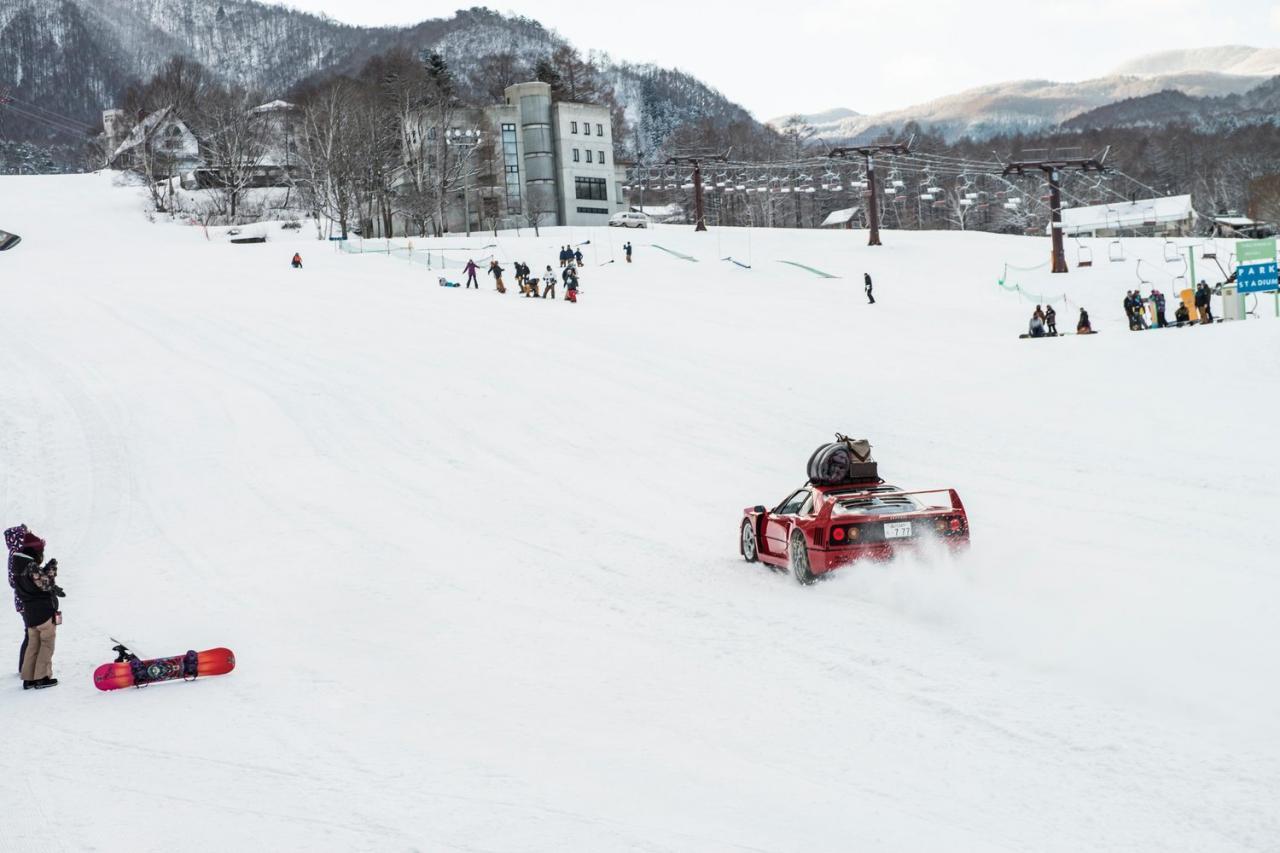 Ferrari F40 - Snow Camp