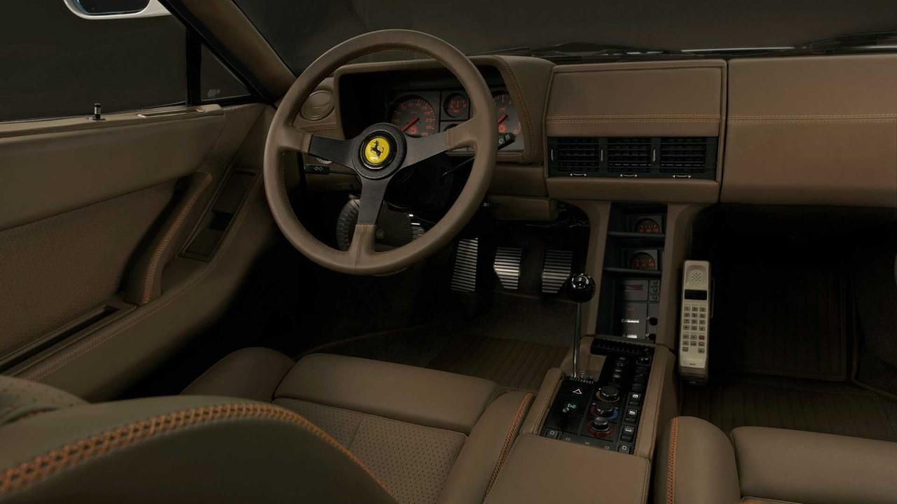Ferrari Testarossa - Restomod Fioravanti