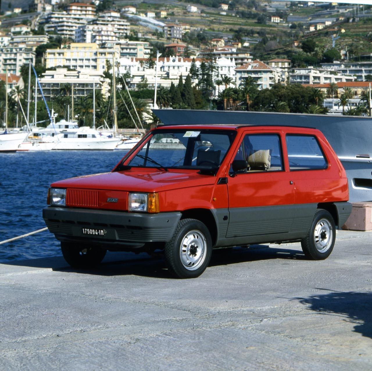 FIAT 500 e Panda - Triennale Design Museum - 2/7 Panda 500