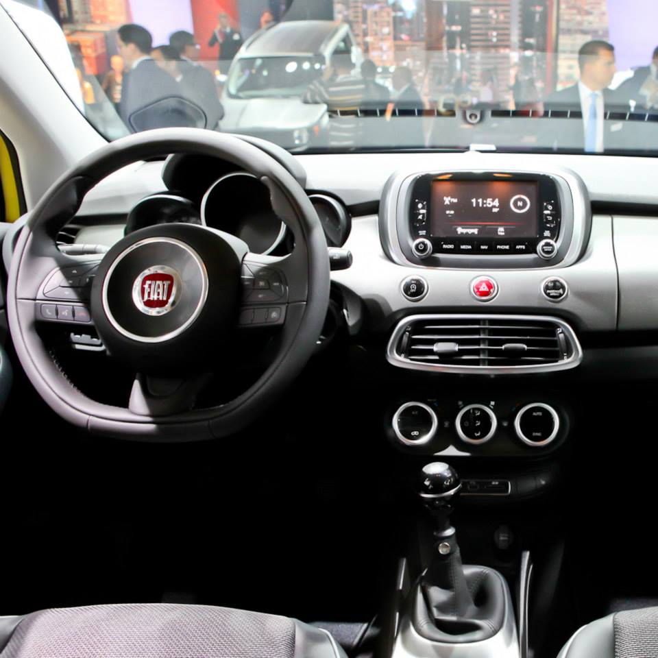 fiat 500x cross plus salone di francoforte 2015 5 10. Black Bedroom Furniture Sets. Home Design Ideas