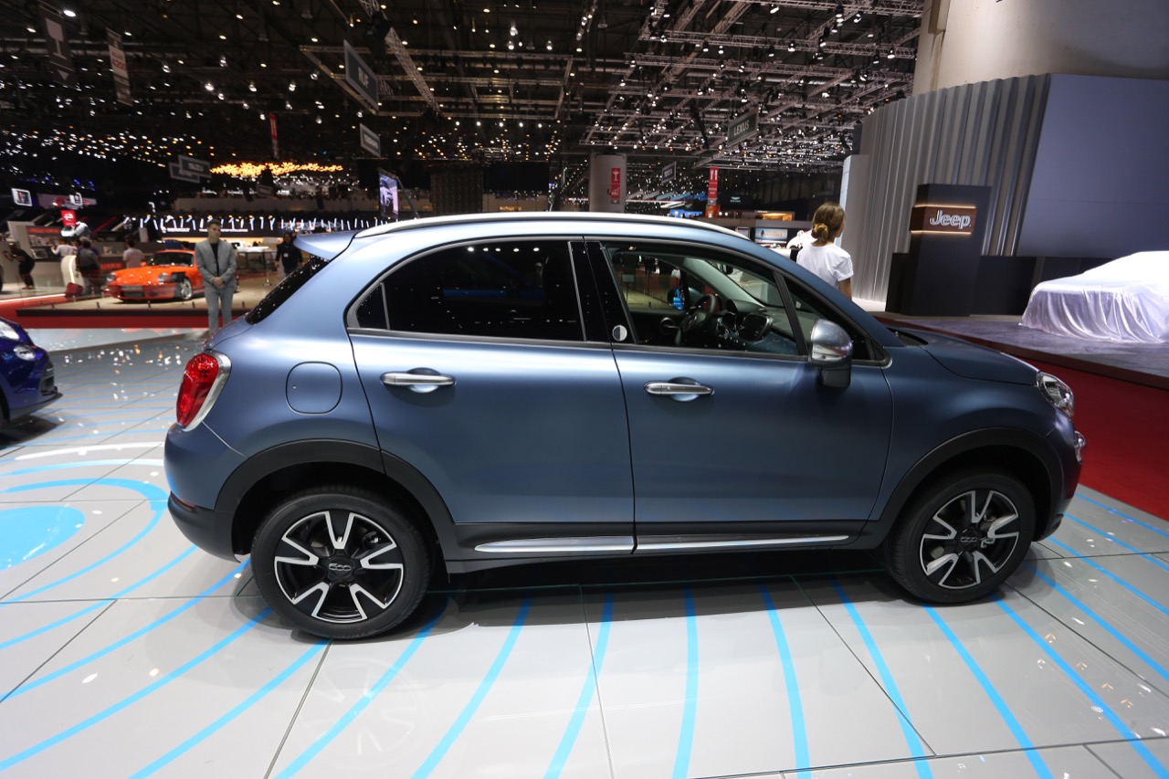 fiat 500x mirror foto live salone di ginevra 2018 6 8. Black Bedroom Furniture Sets. Home Design Ideas