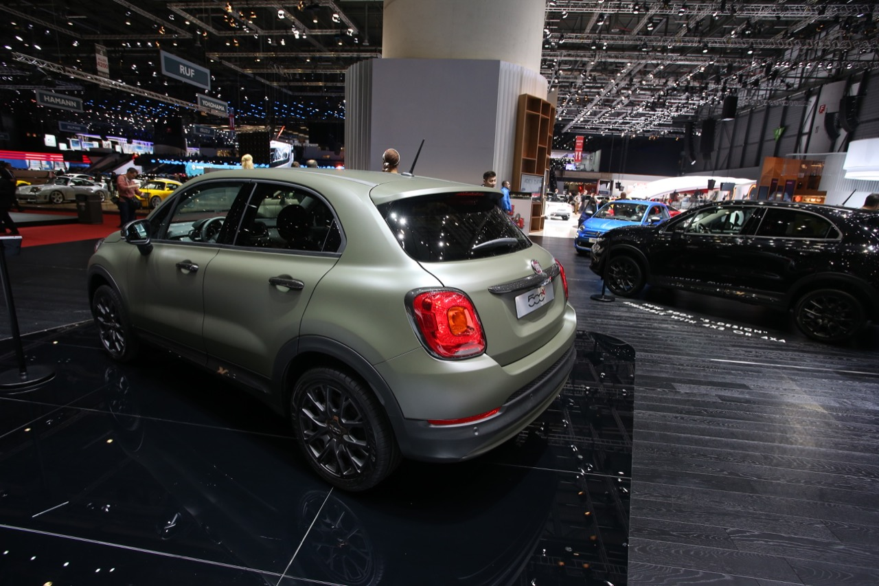 fiat 500x s design foto live salone di ginevra 2017 5 7. Black Bedroom Furniture Sets. Home Design Ideas
