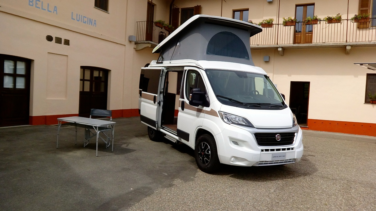 fiat ducato my 2014 primo contatto 32 52. Black Bedroom Furniture Sets. Home Design Ideas
