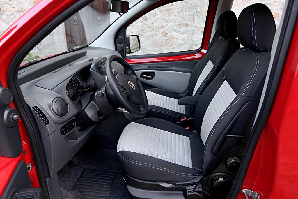 Interior Fiat Qubo