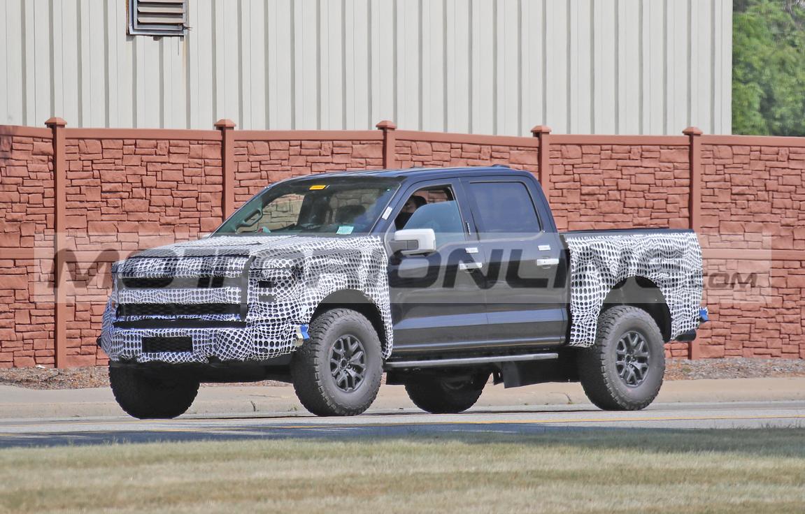Ford 150 Raptor 2021 - foto spia agosto