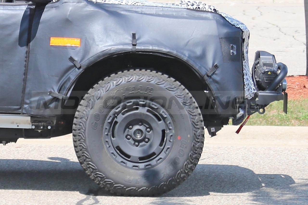 Ford Bronco Overland Sasquatch - Foto Spia 27-08-2021