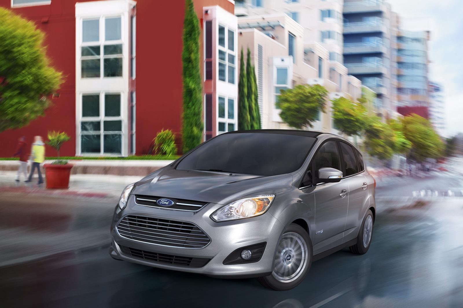 Ford C-Max ibrida e Ford Focus Electric