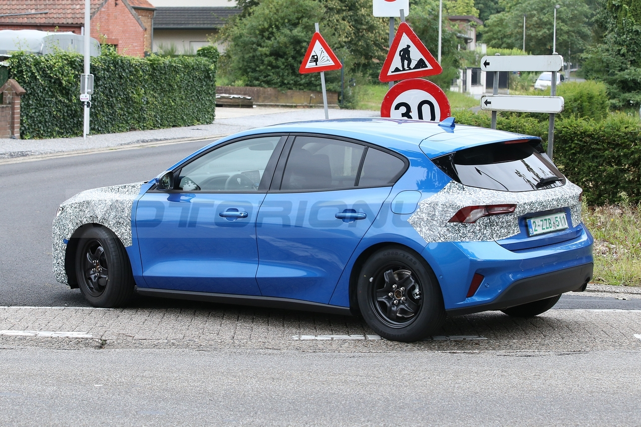 Ford Focus 2022 - Foto Spia 30-08-2021