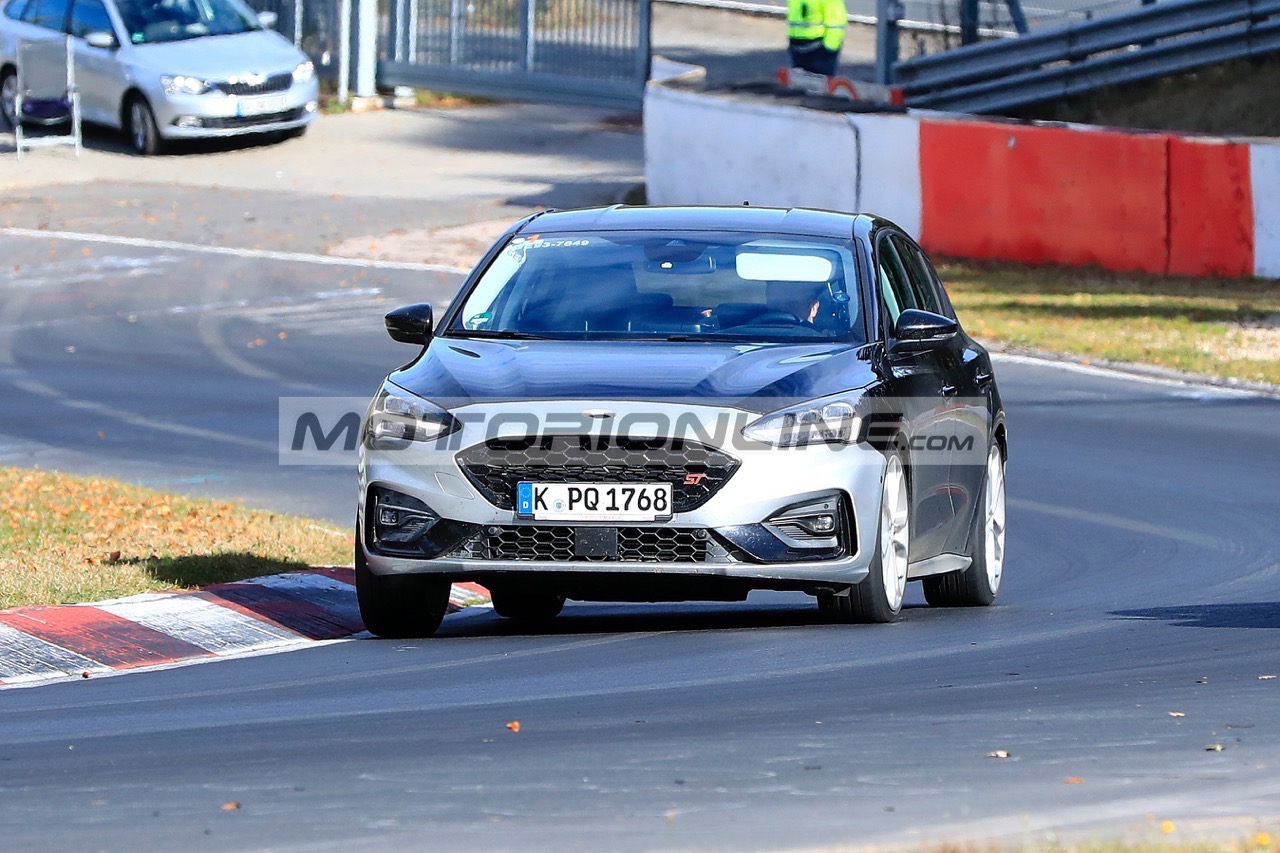 Ford Focus ST - Foto spia 26-10-2018