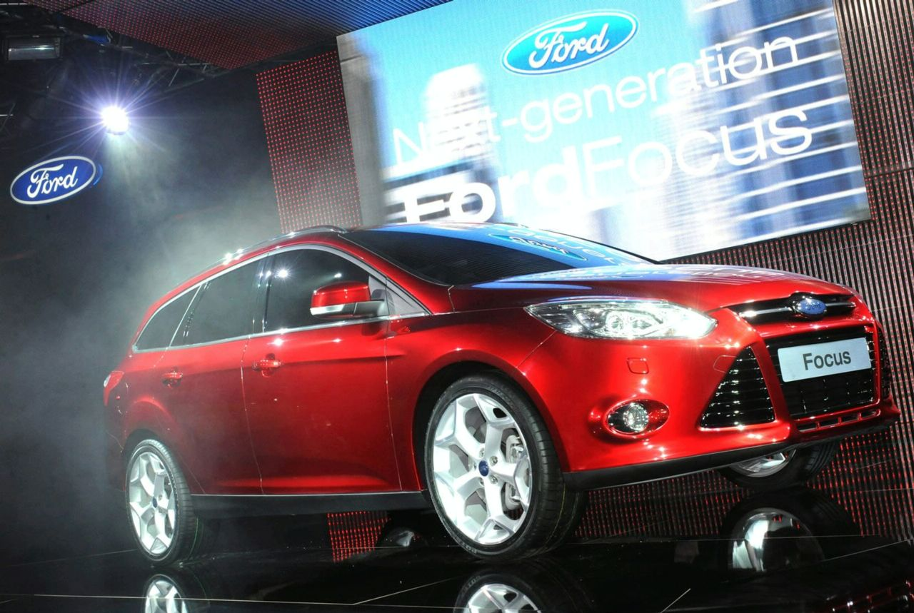 Ford Focus Review - Research New & Used Ford ... - Edmunds