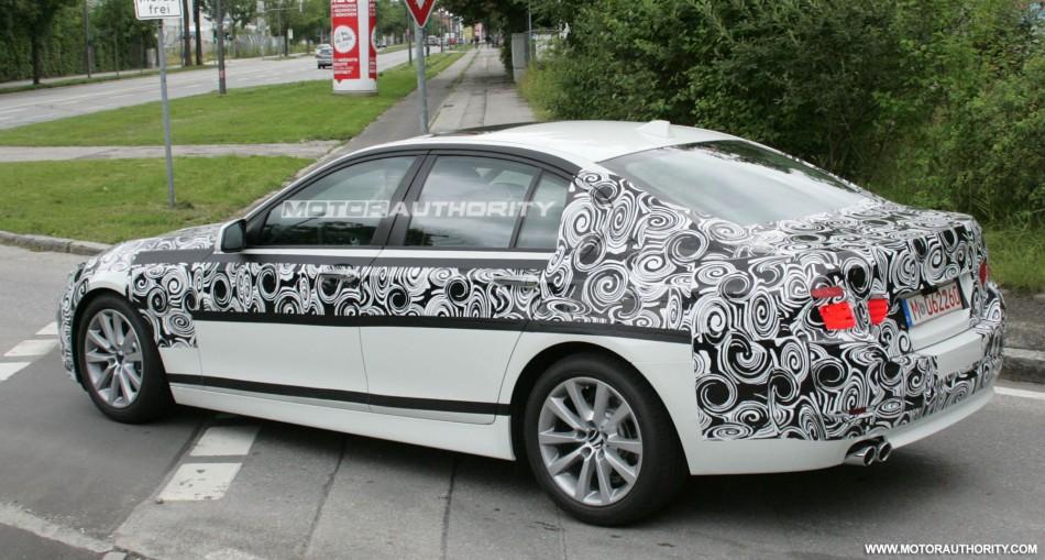 Foto spia nuova BMW Serie-5