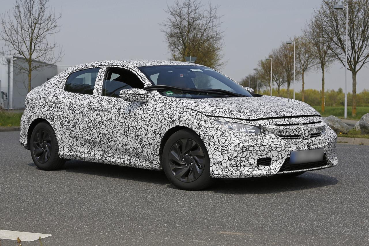 Honda Civic - foto spia maggio 2016