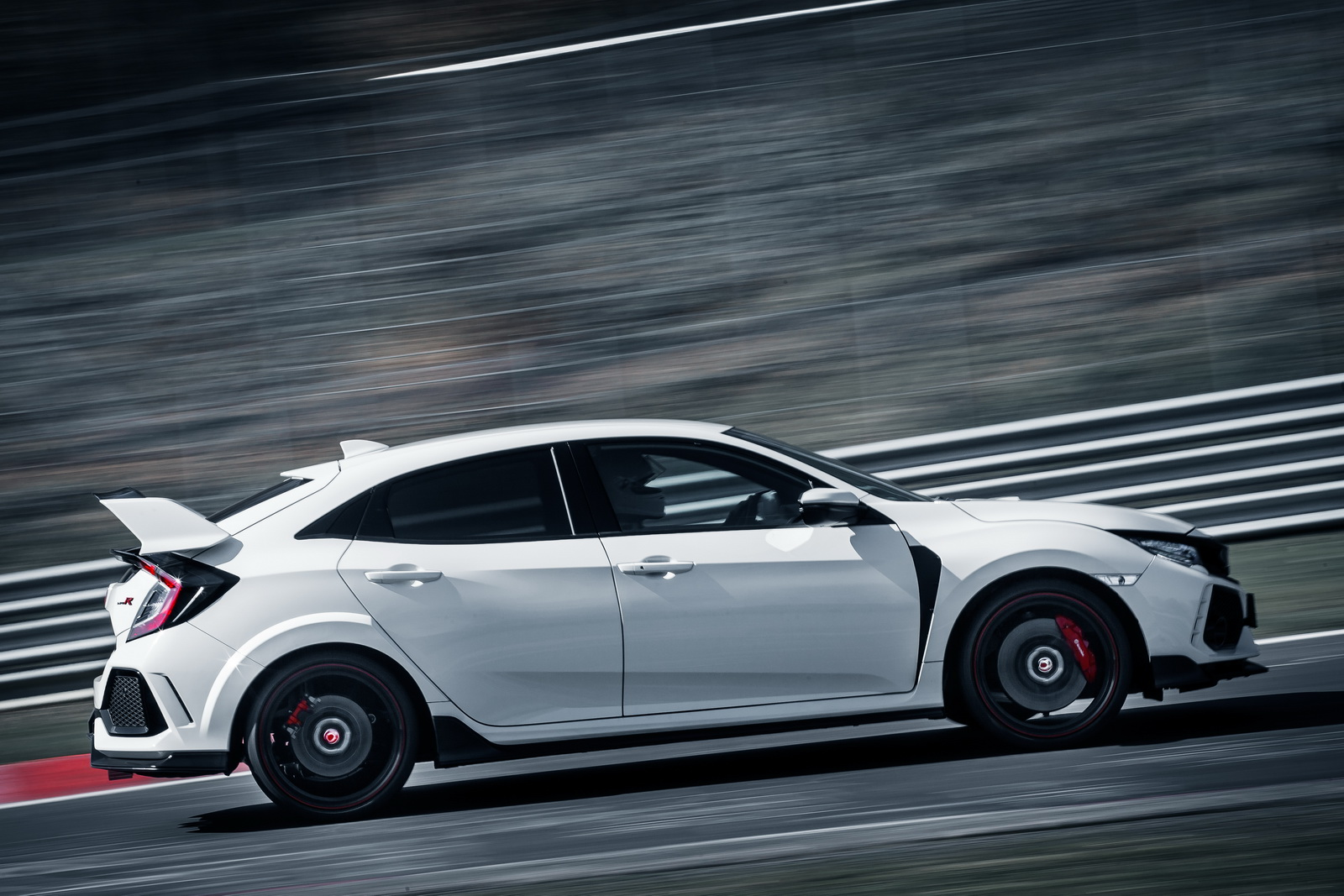 Honda Civic Type R MY 2017 - Record al Nurburgring
