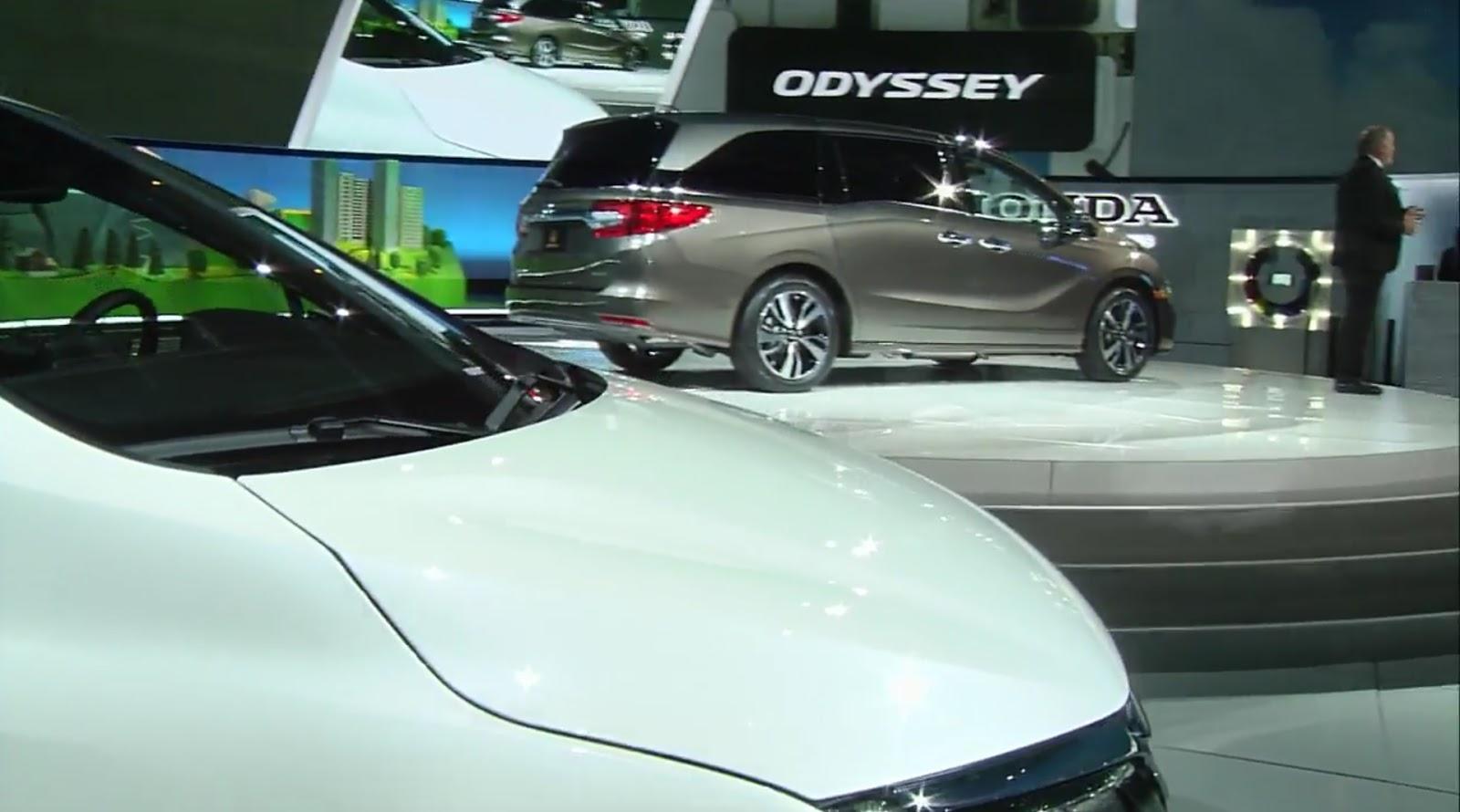 2011 honda odyssey review edmunds autos post for Vip honda nj