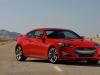 Hyundai Genesis Coupè rossa