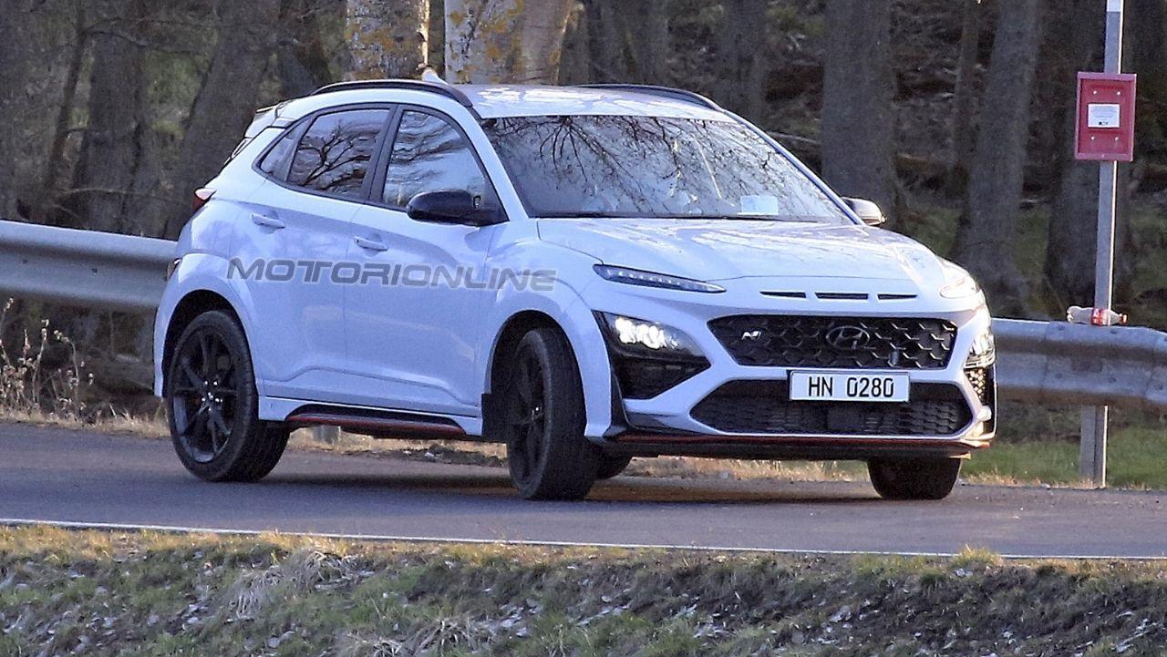 Hyundai Kona N 2021 - Foto Spia  2
