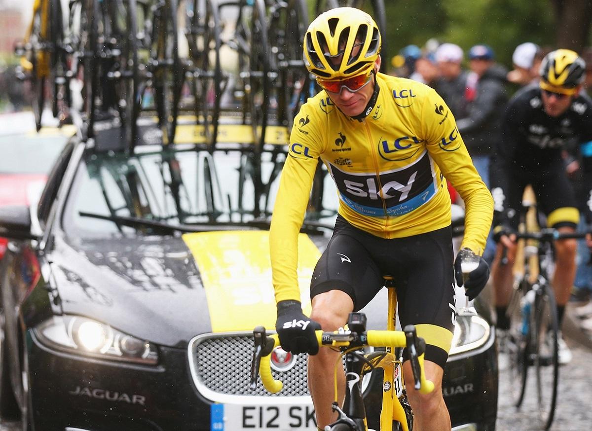 Jaguar F-Pace - Tour de France 2015