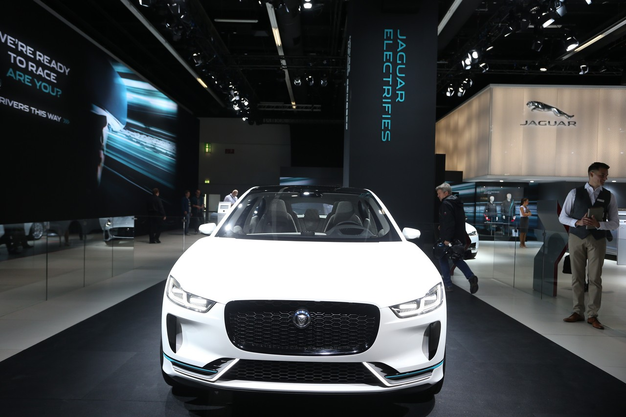 Jaguar I-Pace - Salone di Francoforte 2017