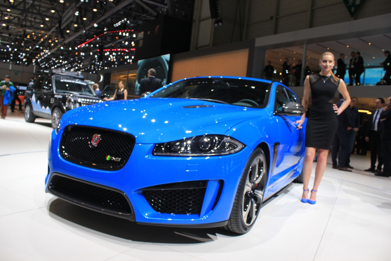 Jaguar Xf Ridingirls