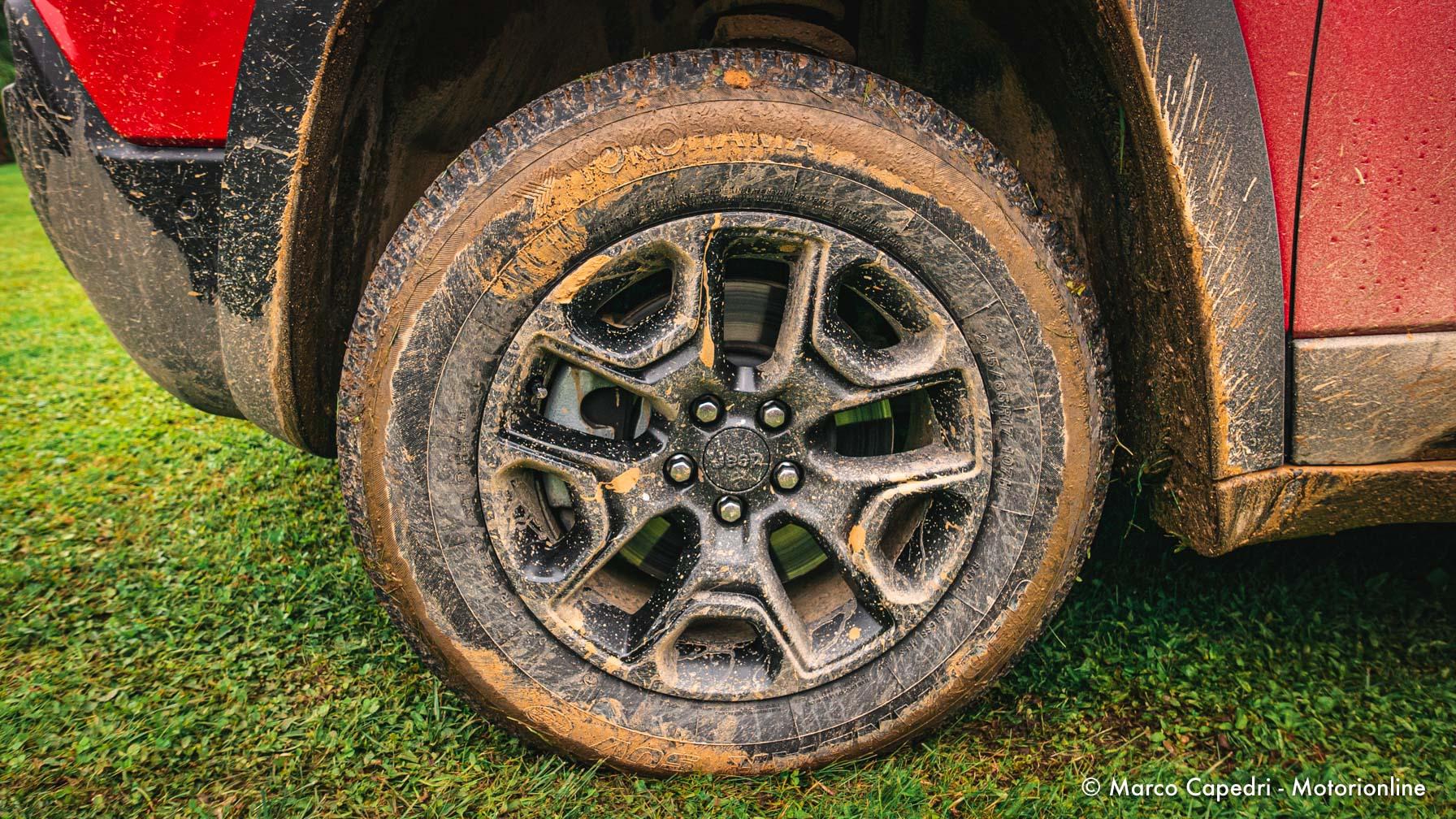 Jeep Cherokee Trailhawk - Test Drive in anteprima