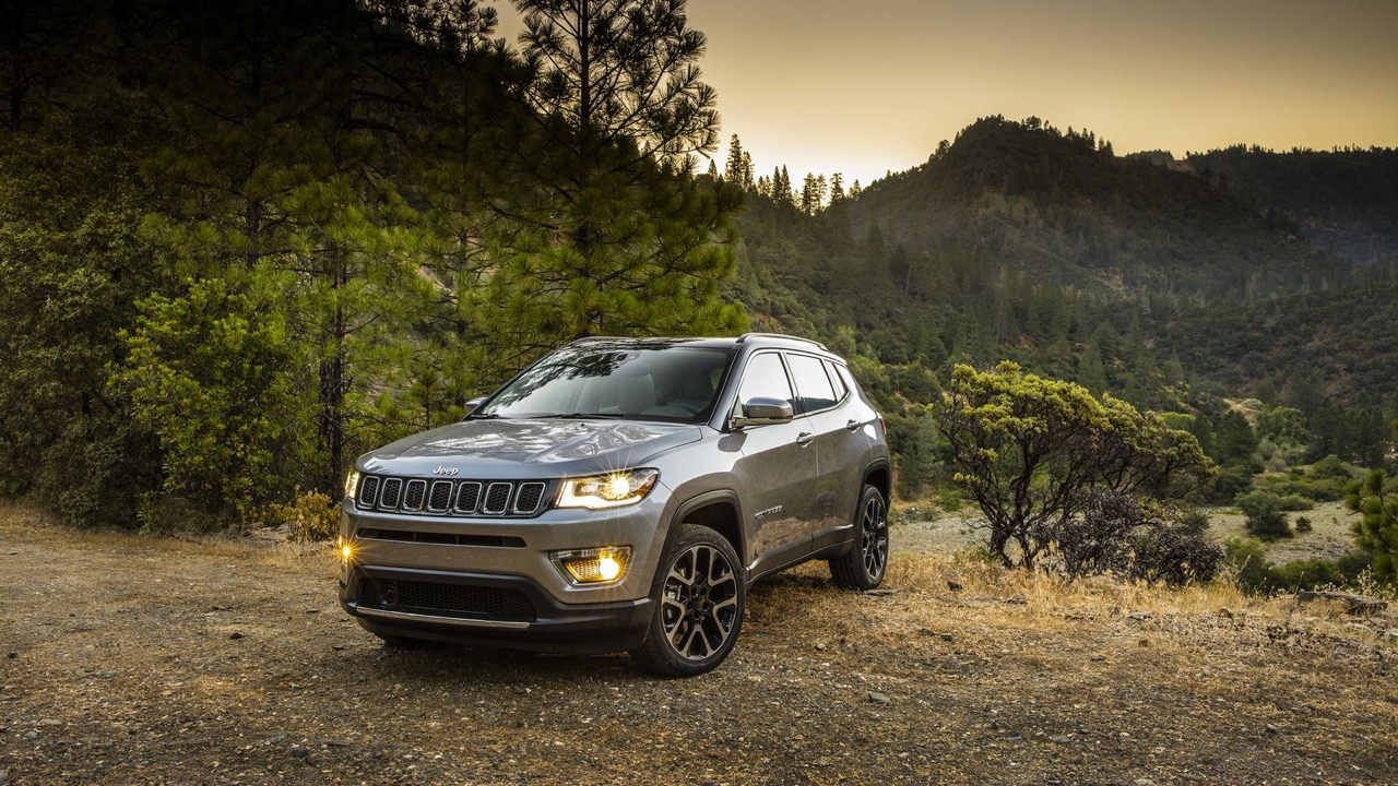 52 moreover Tag Autocollant Jeep Wrangler moreover 2005 Jeep  pass wallpapers 561 1920x1440 1 also Scoop Ax1 2018 Le Futur Suv Dalpine 6099396 furthermore Mdp photo thumbnails. on jeep compass