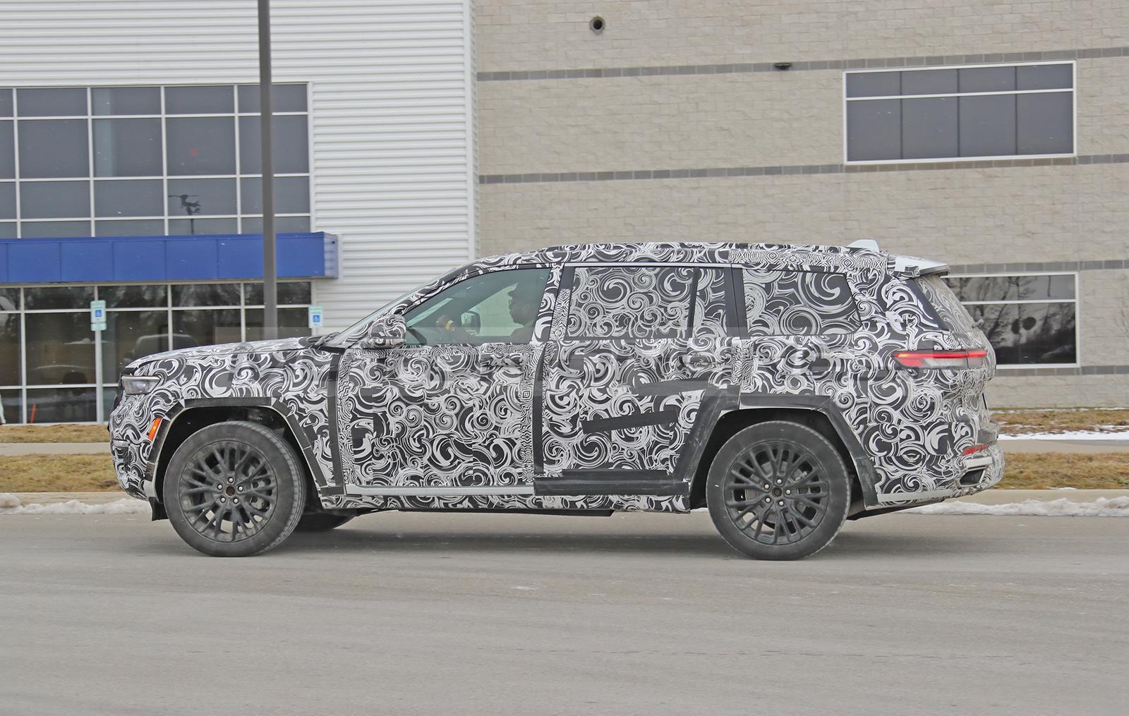 Jeep Grand Cherokee 2021 - Foto spia 05-01-2021