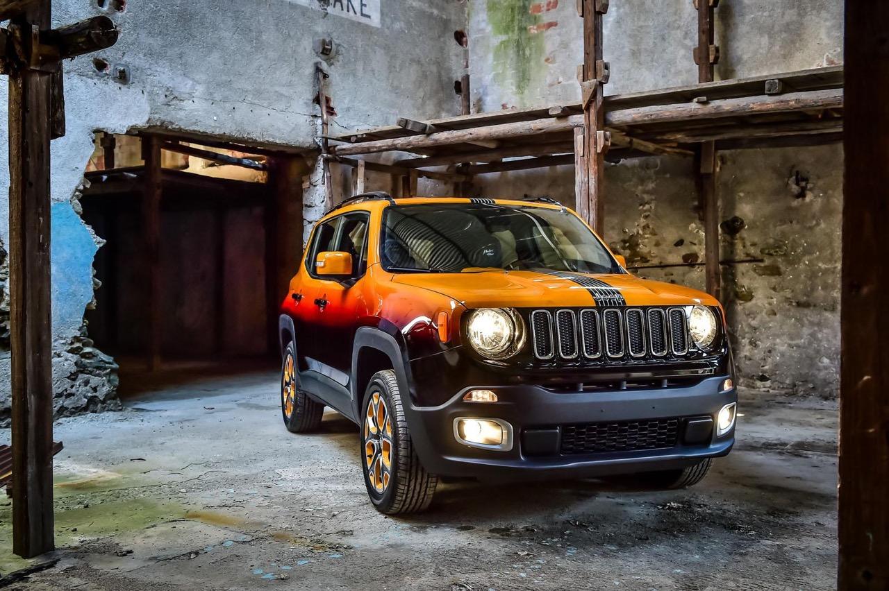 jeep renegade personalizzate da garage italia customs 17 21. Black Bedroom Furniture Sets. Home Design Ideas