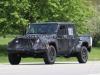 Jeep Wrangler Pick Up foto spia 18 Maggio 2017