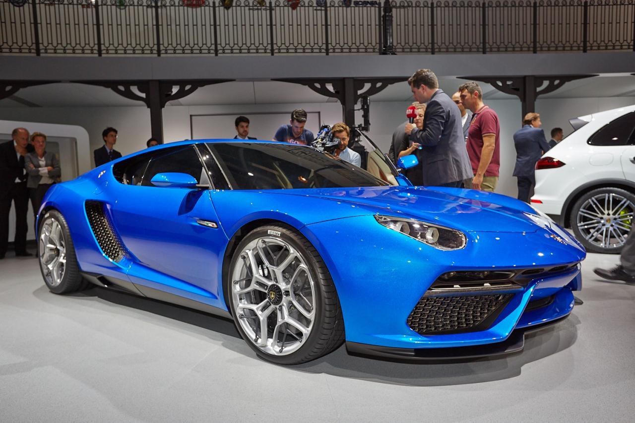 Lamborghini asterion foto live salone di parigi 2014 11 25 for Salone mobile parigi