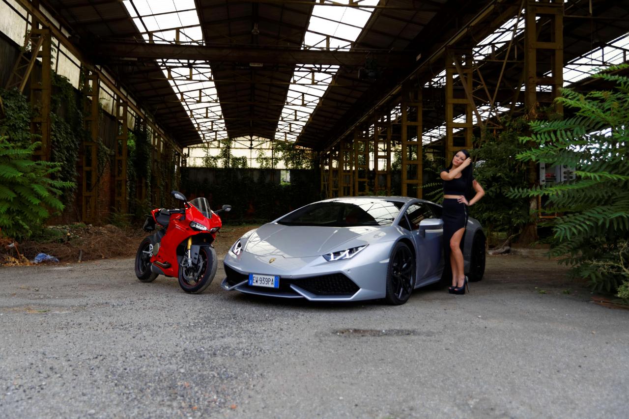Lamborghini Huracan e Andreea Rusz